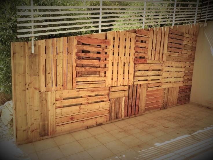 Palissade bois de récup' et palettes